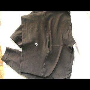 Black lululemon leggings!!